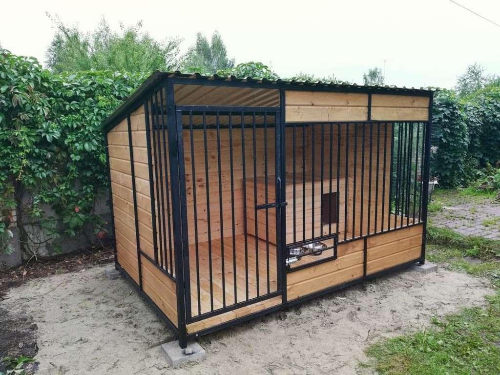 Вольеры и будки для охотничьих собак